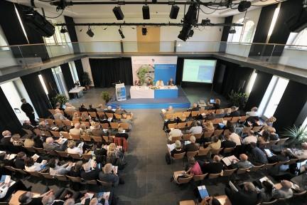 11. Internationales Symposium der Stiftung Ettersberg »Kummunismusforschung und Ernnerungskulturen«