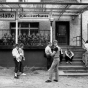 Titelbild der Ausstellung »Voll der Osten« (Foto: Harald Hauswald/OSTKREUZ)